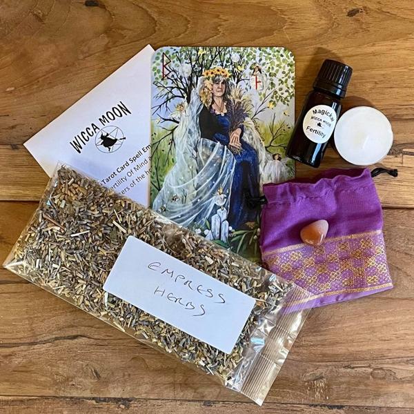 Tarot Spell Kit – The Empress